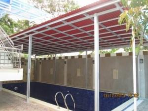 Canopy kolam renang